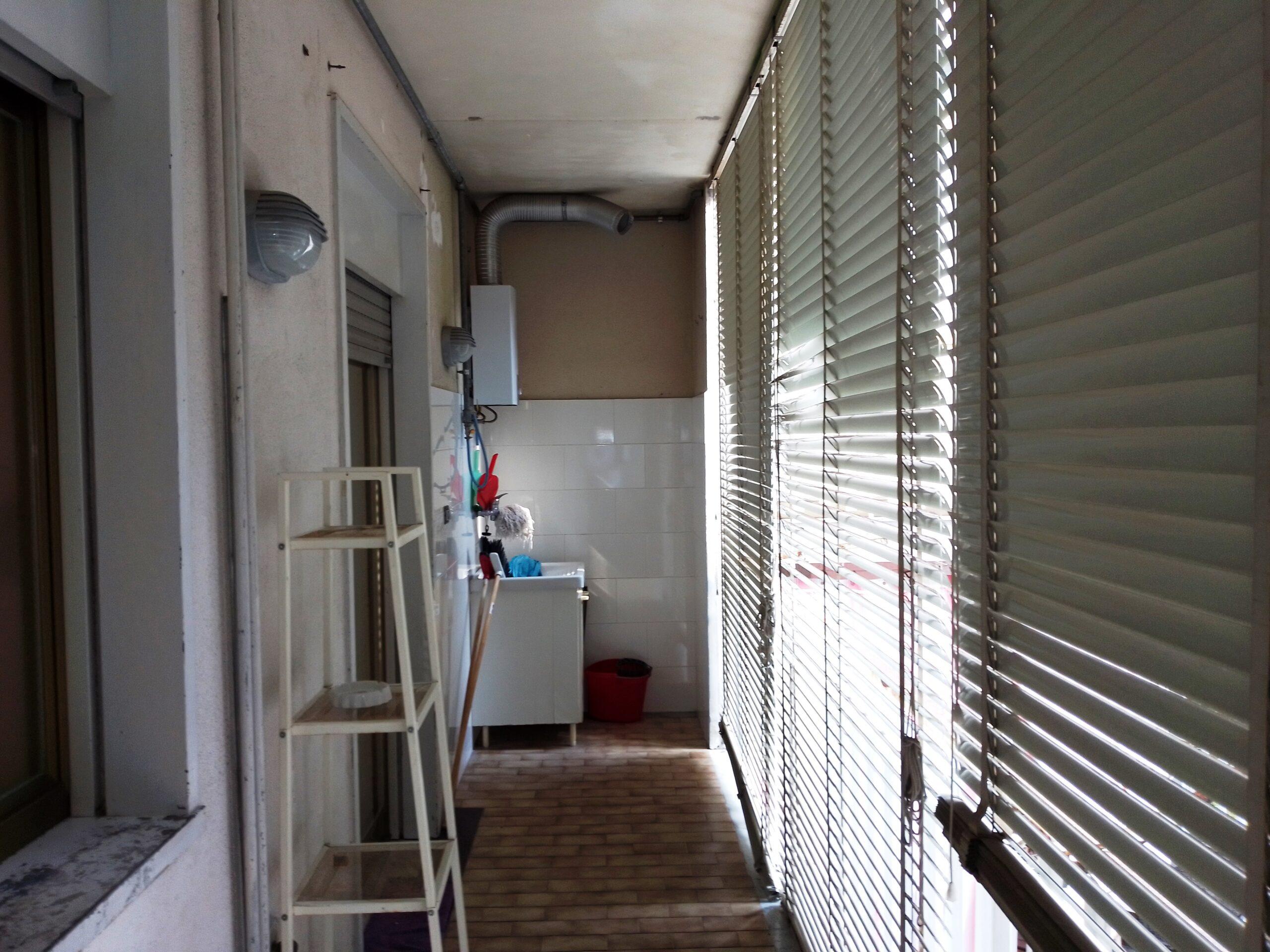 Acicatena via Badia  4 vani con garage